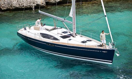 Charter 54' Jeanneau Cruising Monohull In Rosignano Solvay-castiglioncello, Italy