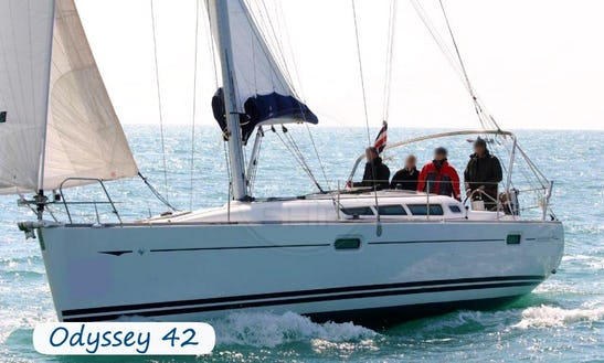 Charter 39' Jeanneau Sun Odyssey 42 Ds Cruising Monohull In Pontine Islands, Italy