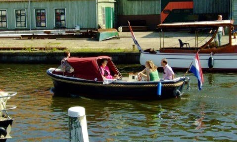 Rent 18' Ms Pandora Canal Boat in Workum, Friesland