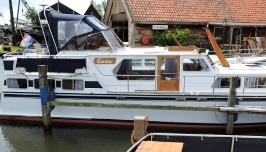 Charter 44' My Quies Motor Yacht In Workum, Friesland