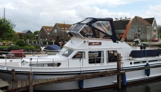 Charter 39' My Apollo Motor Yacht In In Workum, Friesland