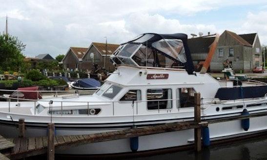 Charter 39' My Apollo Motor Yacht In In Workum, Friesland