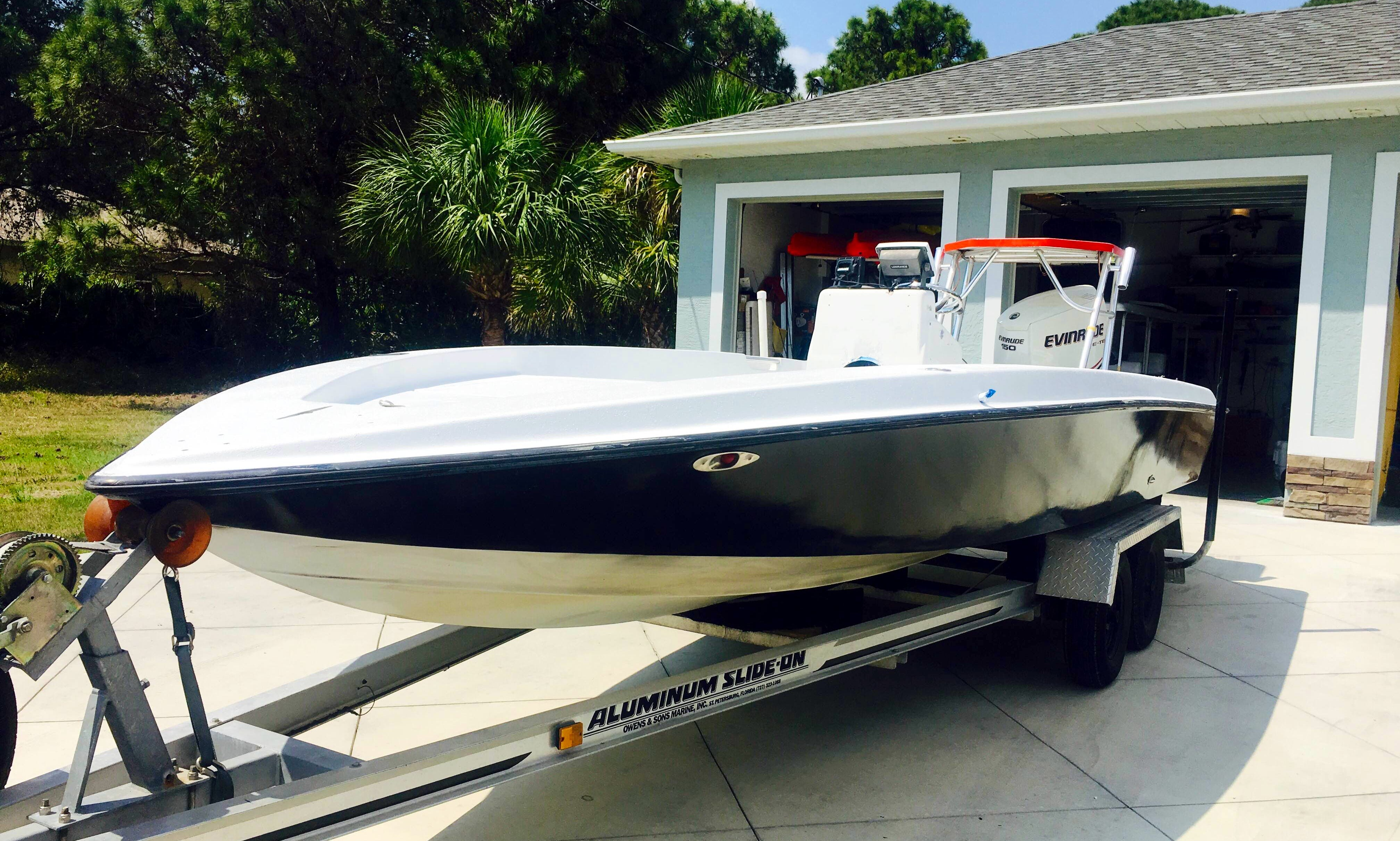 Rent 20' Young Center Console In Placida, Florida