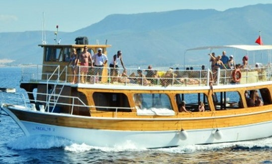 Charter Mira 1 Passenger Boat In Izmir, Turkey