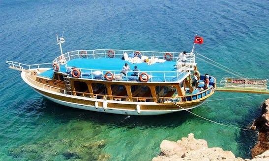 Charter A Motor Yact In Mugla, Turkey