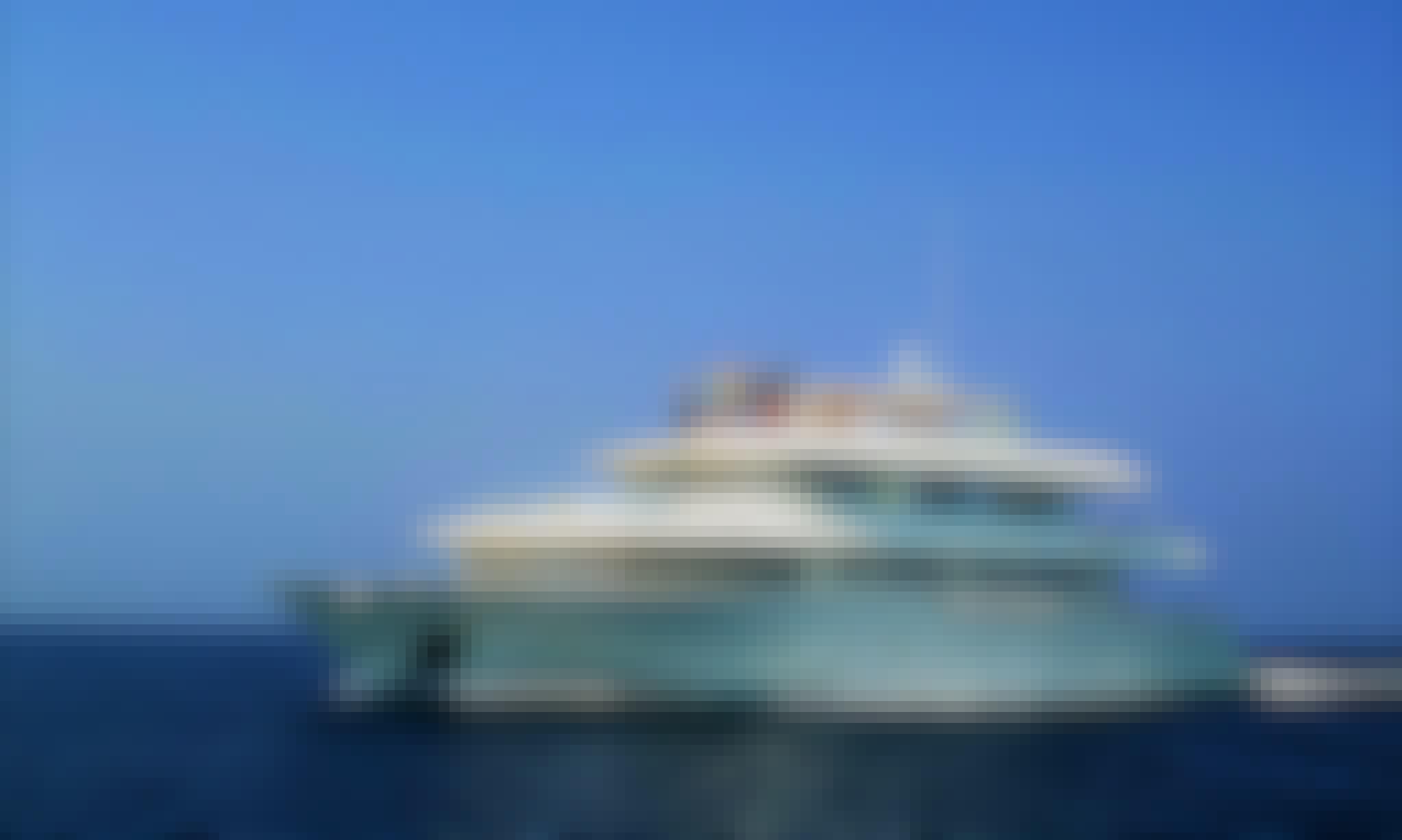 Charter Horizon 3 Power Mega Yacht in Otopeni Romania