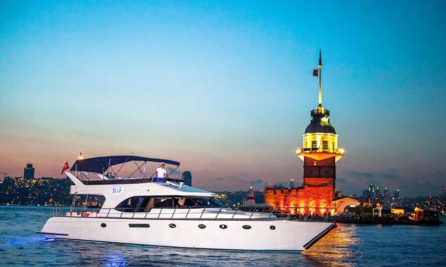 Charter 62' Power Mega Yacht in İstanbul, Turkey