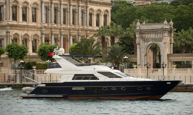 Charter 69' Power Mega Yacht in İstanbul, Turkey