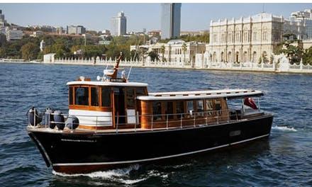 Charter 59' Luxury Wooden Motor Yacht in İstanbul, Turkey