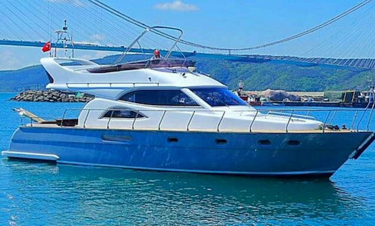 Charter This Motor Yacht - Great For Cruising In İstanbul, Turkey