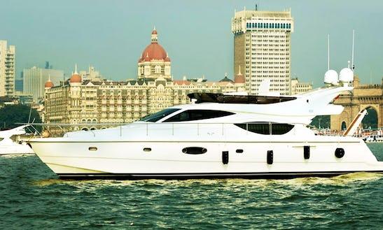 Enjoy A Luxurious Yacht In Mumbai, Maharashtra
