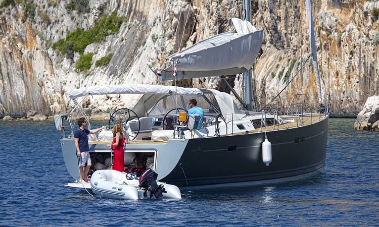 Comfort Sailboat for Your Holidays in Costa Brava or Balearic Islands