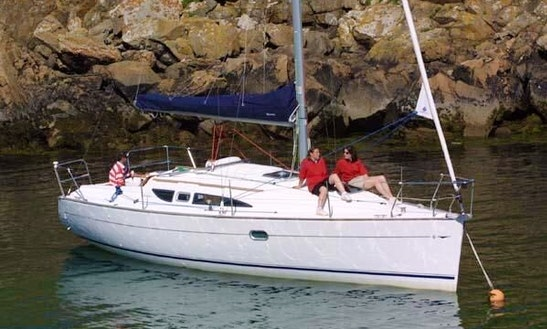 Cruising Monohull For Rent In Dénia