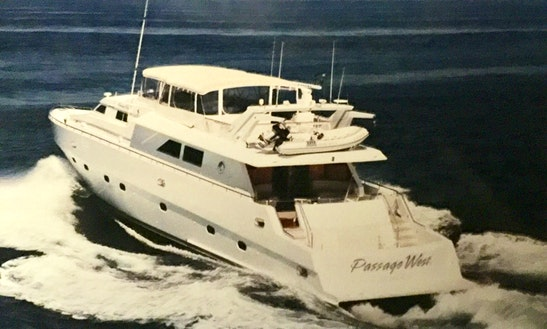 Luxurious Yacht, 100 Ft, 4 Staterooms 5 Bath