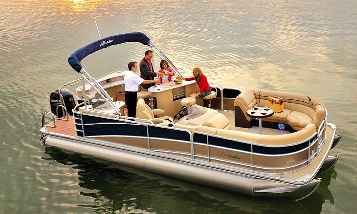"25ft ""Bar Boat"" Berkshire Pontoon Rental In Manors, Florida"