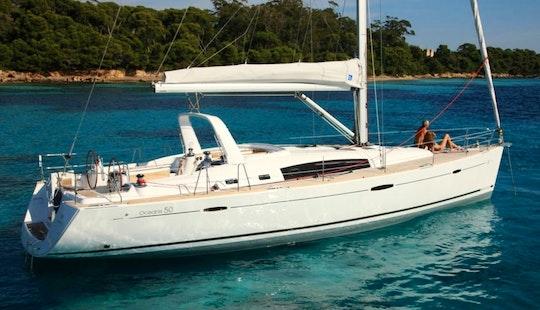 50′ Cruising Monohull Charter In Panamá, Panama