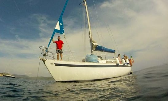 Boat And Breakfast Charter For 4 Person Aboard A Exclusive Sailboat In Alghero, Italy