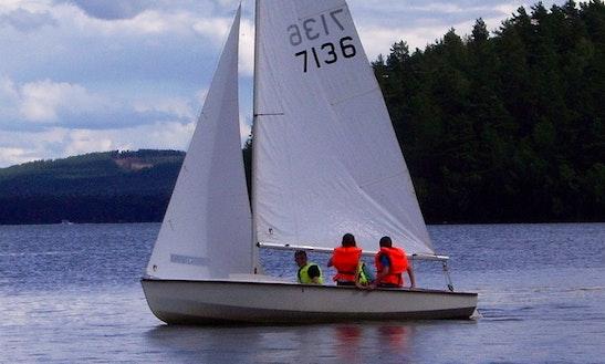Rent Wayfarer Sailing Dinghy In Falun, Sweden