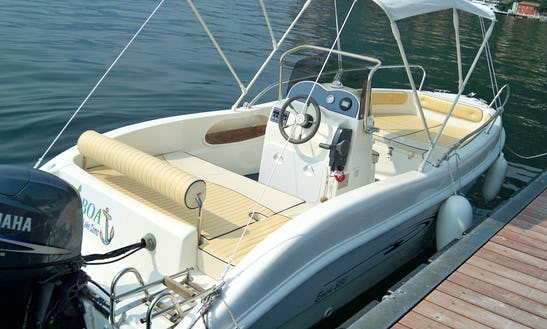 As 530 Enica - 6 Seats Deck Boat Rental In Bellagio