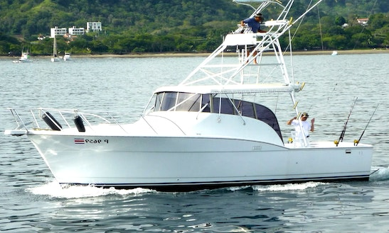 37' Chris Craft Sports Fisherman In Playa Flamingo, Costa Rica