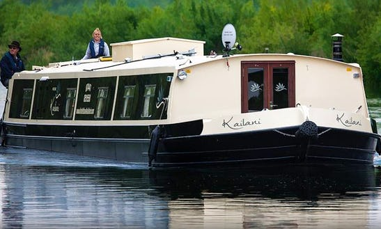 Charter 65' Kailani Canal Boat In Leeds ,england
