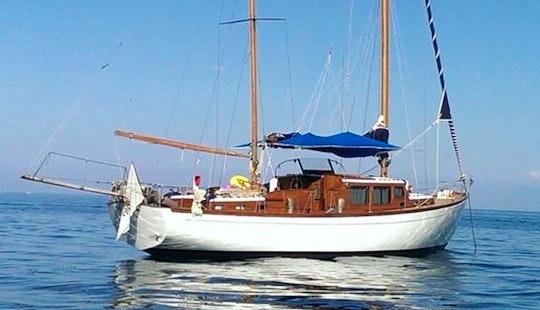 Charter 49' Schooner In Agropoli, Campania