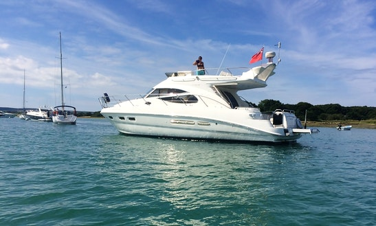 "Skippered Charter On ""oceanique"" Sealine 42 Luxury Motor Yacht In Lymington"