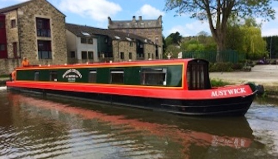 Hire 60' Austwick Canal Boat In Skipton, England