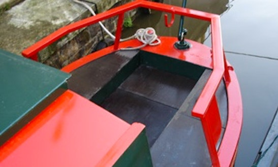 Hire 47' Cary Canal Boat In Skipton, England