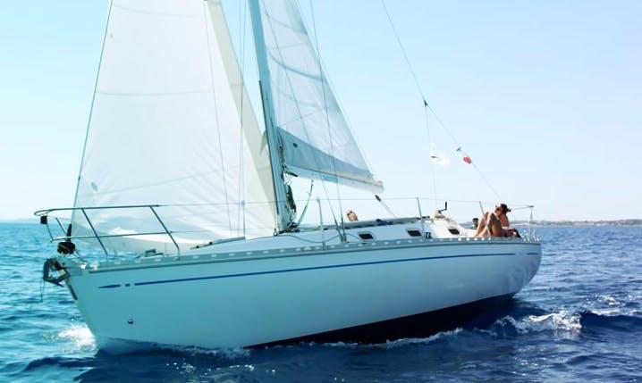 Charter 33' Fax Cruising Monohull in Quartu Sant'Elena, Italy