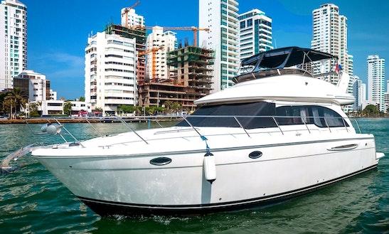 41' Motor Yacht Charter In Bolívar, Colombia