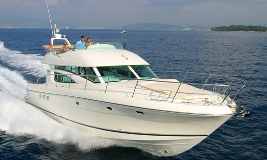Charter 46' Prestige Motor Yacht In Cannigione, Italy