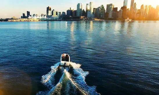 16ft Speed Boat Rental In Vancouver
