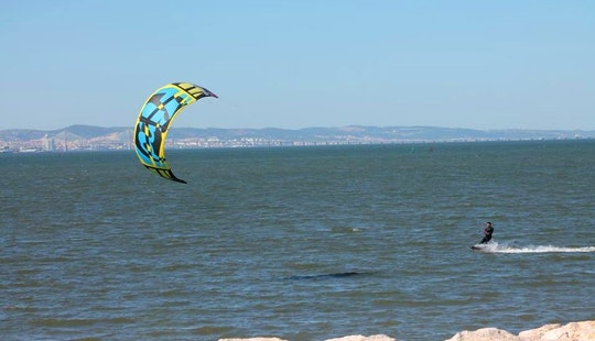 Enjoy Kitesurfing Lessons In Setubal, Portugal