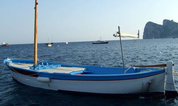 """Rent """"San Pasquale"""" Boat in Campania, Italy"""