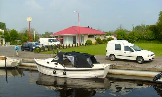 Rent 23' Inborad Propulsion In Sneek, Friesland