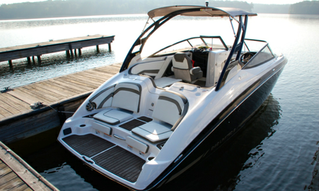 Captain only 21 ft yamaha jetboat for up to 8 people for Yamaha 242 for sale