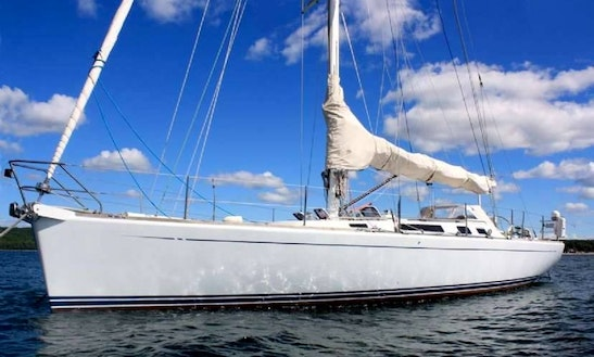 49' Luxury Dubois Sail Boat (up To 8 Guests)