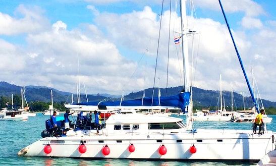 The C2 / 56' / Catamaran Charter