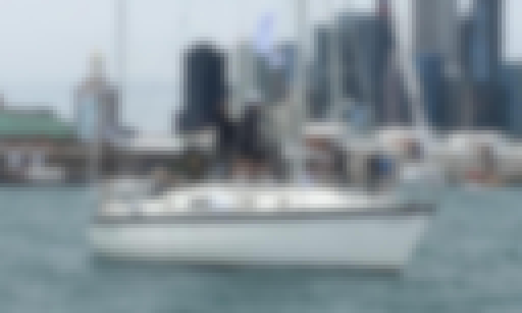 Charter 31' Hunter Sloop In Chicago, Illinois