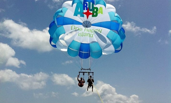 Enjoy Parasailing In Noord, Aruba