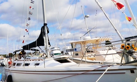 Charter 36ft  Sloop In Westbrook, Connecticut