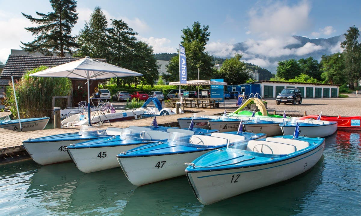 Rent an Electric Boat in Neu Egg, Kärnten for 4 Pax