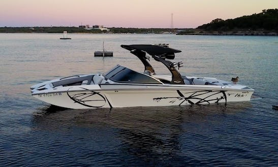 24' Tige Rz4 Bowrider Rental In Austin, Texas