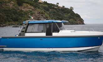 Charter 30' Ethos Motor Yacht in Milano, Lombardia