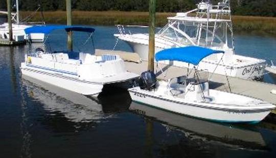 23' Pontoon Catamaran In Fernandina Beach