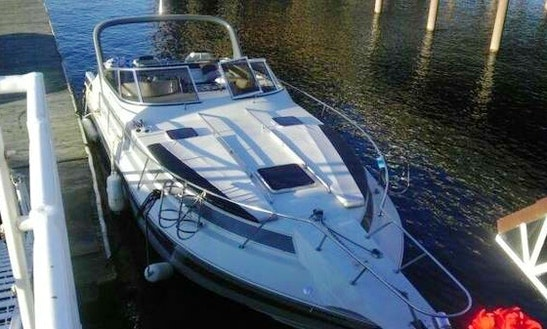 Sunrunner Motor Yacht Rental In Spokane, Washington