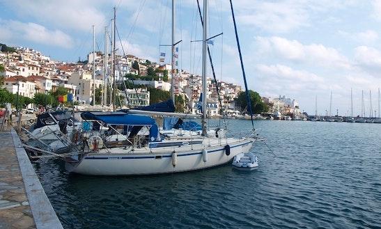 Charter 40' Jeanneau Sun Fizz Cruising Monohul In Skopelos, Greece