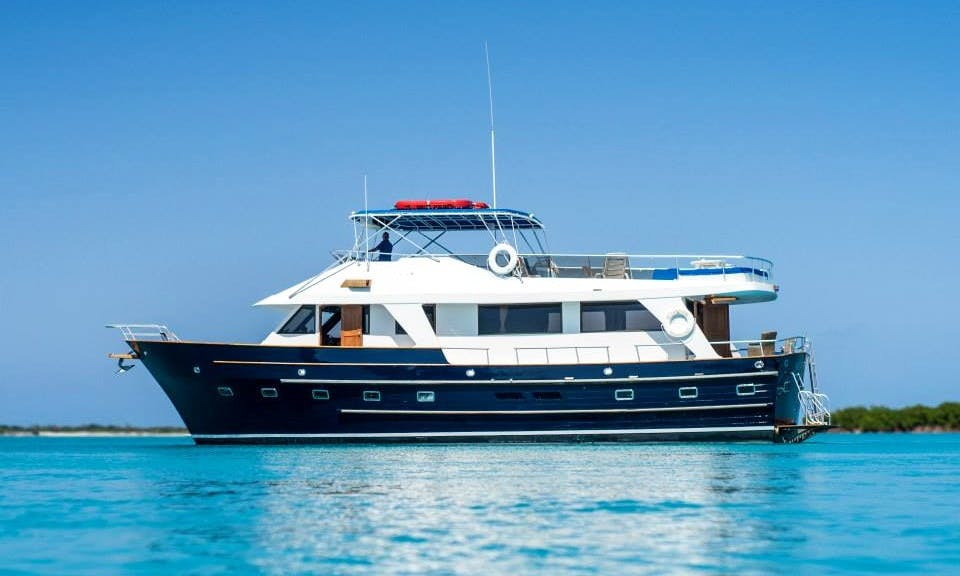 65 ft Motor Yacht Charter for 8 People in Leeward Settlement, Turks and Caicos Islands