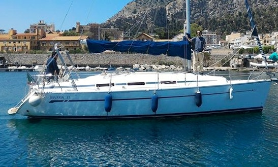 33' Daysailer Charter In Palermo, Italy